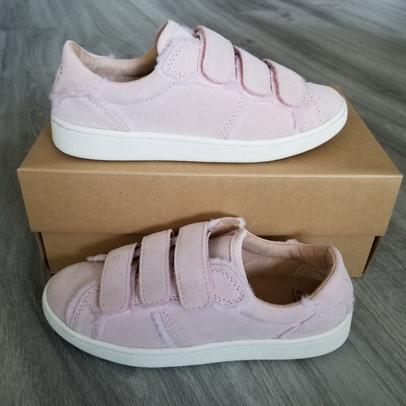 7c57ab71949 UGG Alix Spill Seam Sneakers